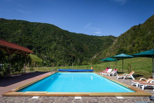 Tourist Farm Zelinc - Hotel - Cerkno