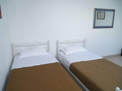 Фото отеля Holidays Hostel Midi