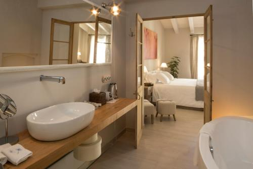 Habitación Doble Deluxe Jardí de Ses Bruixes Boutique Hotel 73