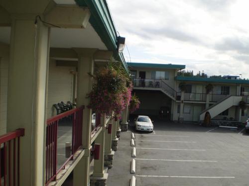 Town Centre Inn - Photo 3 of 16