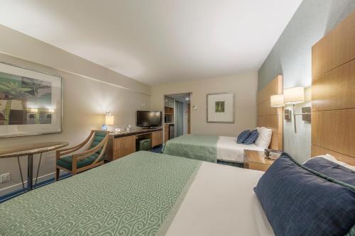 Ala Moana Hotel 1111 Studio Ocean - Honolulu, HI 96815