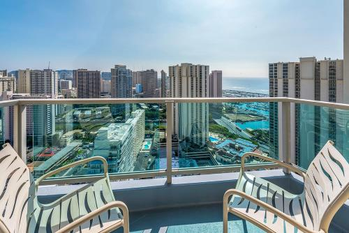 Ala Moana Hotel 3313 Penthouse B Two-Bedroom - Honolulu, HI 96814