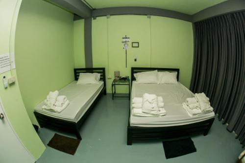 Samsen 8 Hostel photo 4