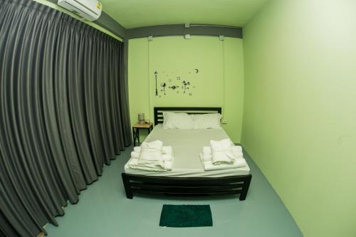 Samsen 8 Hostel photo 12