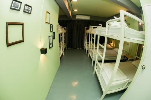 Samsen 8 Hostel photo 13