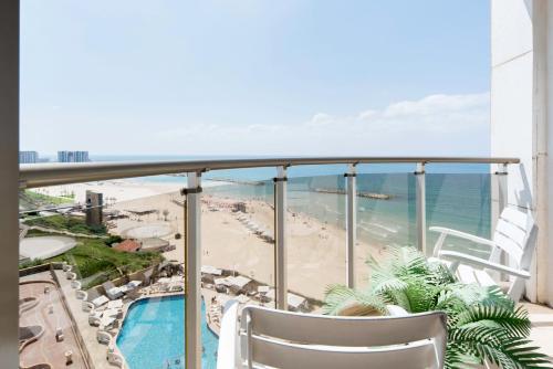 . Sea&Sun Beach Herzlia