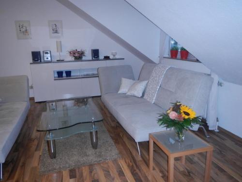 2-Raum Apartment in guter Lage für Köln-Bonn-Siegbug