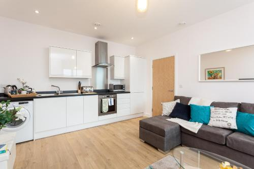 Picture of Bishops Terrace Apartment Redhill