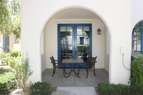 48560 Legacy Drive - La Quinta, CA 92253