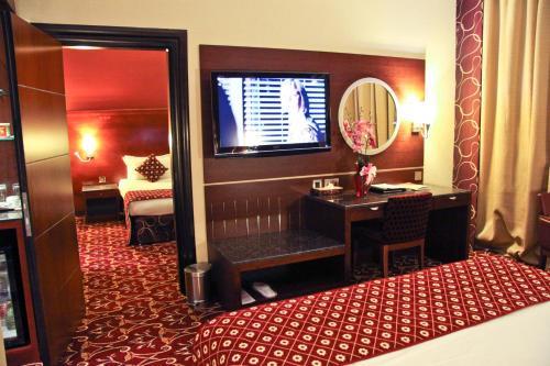 Ramee Rose Hotel - image 9