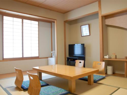 Japanese Style Room(3 Adults) - New Building