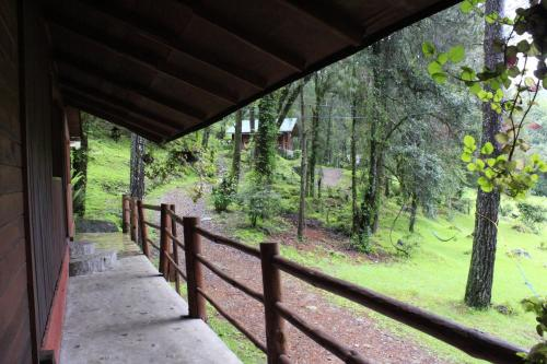 Cabañas Alpinas López Fontes, Valle de Bravo