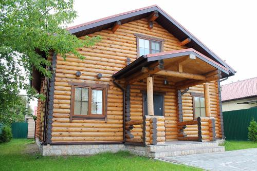 . Guest House Lyubyatovo