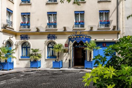 Villa Alessandra H 244 Tel 9 Place Boulnois 75017 Paris