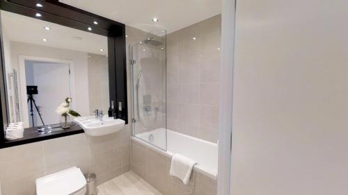 Signet Apartments - Vesta - Photo 2 of 16