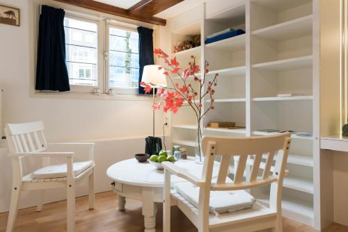 Cozy Family Apartment photo 16
