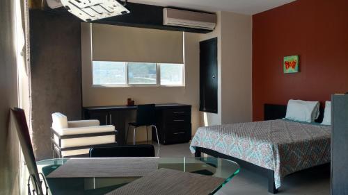 Confort Ejecutivo Suites Torre Valle, Monterrey