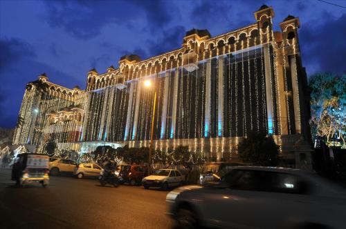 . Hotel Empires