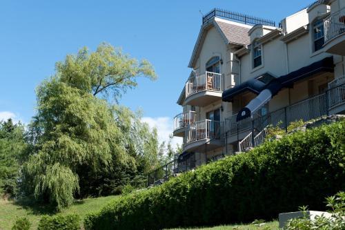 Hotel St-Sauveur - Saint-Sauveur-des-Monts