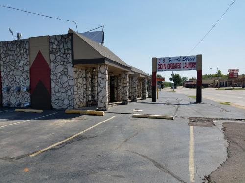 Budget Inn - Chickasha, OK 73018