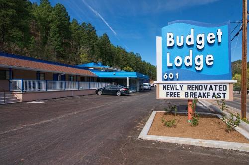 Budget Lodge - Accommodation - Ruidoso
