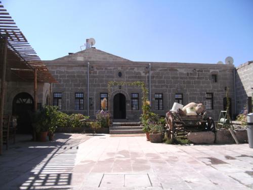 Guzelyurt Osmanoglu Hotel yol tarifi