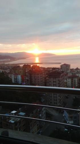 Trabzon Flat For Rent - Sea View! harita
