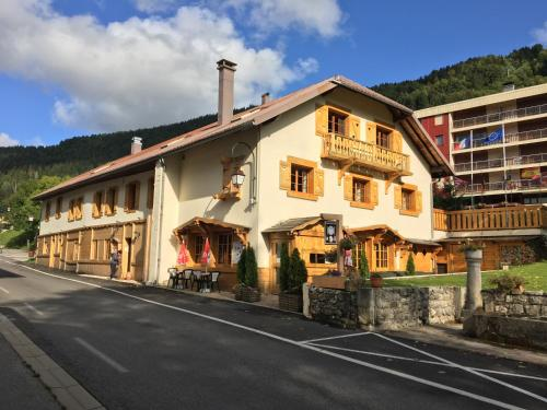 Relais Mont Jura Adults Only - Accommodation - Lelex