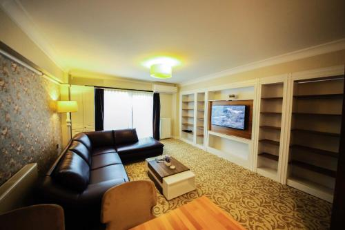 . My Suit Residence