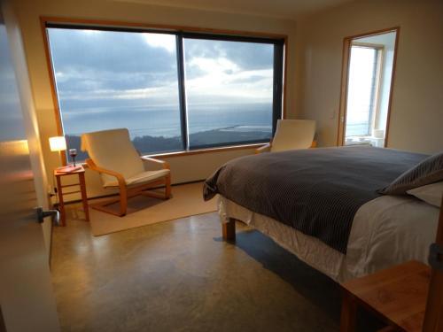 Big Sky Nelson Luxury Eco B&B - Accommodation - Nelson