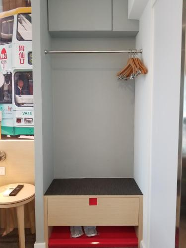 Travelodge Central, Hollywood Road photo 16