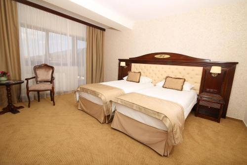 Double Room with Balcony 4****