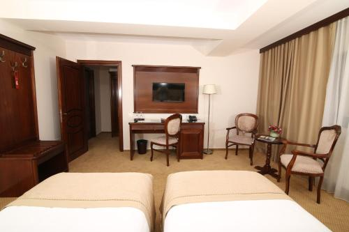 Superior Double or Twin Room with Balcony 4****