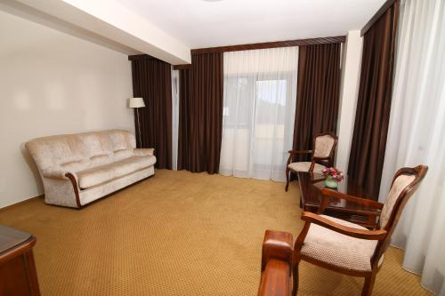 Two Bedroom Suite 4****