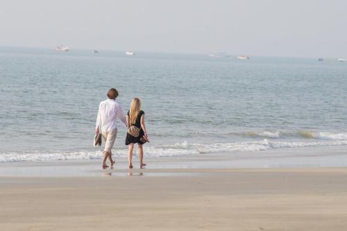 A-HOTEL com - Villa By The Beach Goa, villa, Benaulim, India - price