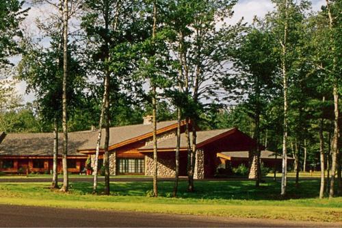 . Whitetail Lodge