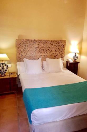 Standard Single Room Palacio de Santa Inés 9
