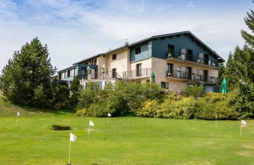 Hotel le Mont Saint-Jean Les Rousses