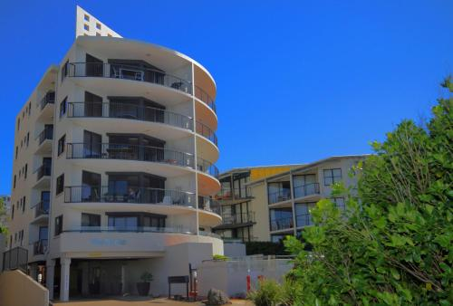 . Unit 1, The Rocks, 1746 David Low Coolum Beach - 500 Bond