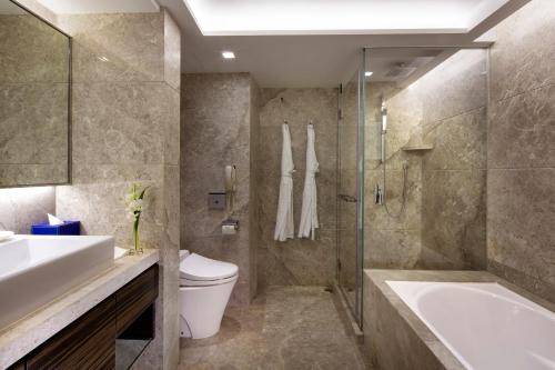 New World Millennium Hong Kong Hotel photo 45