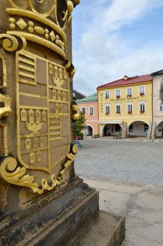 . Městský Hotel Dorinka