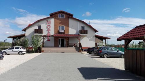 . M0 Motel Taksony