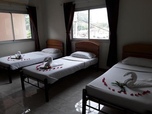 Vitoon Guesthouse salas fotos