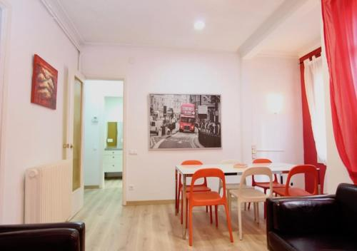 Big Terrace Apartment photo 14
