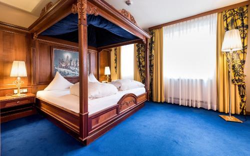 Фото отеля Wellnesshotel ...liebes Rot-Fluh