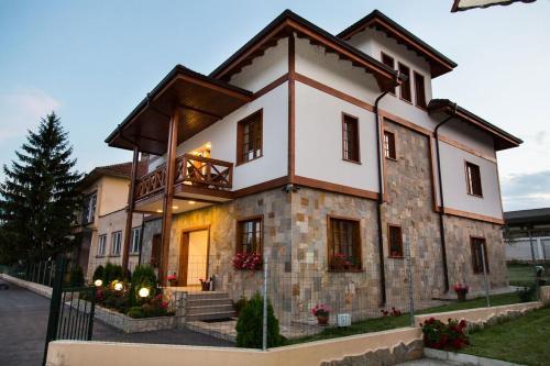 Family Hotel Perla