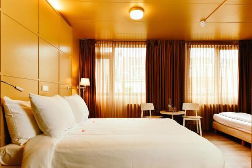 Photo - Hotel Raecks