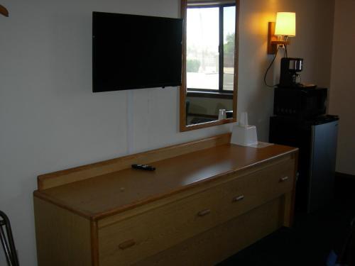 Grand Hotel 6733 E Main St Mesa Az Hotels Motels Mapquest