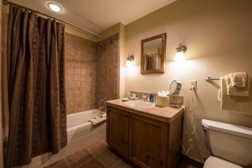 The Lodge At Mountaineer Square - Crested Butte, CO 81225