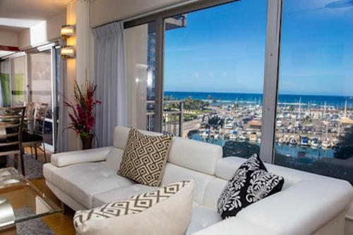 Yacht Harbor Suite - Honolulu, HI 96815